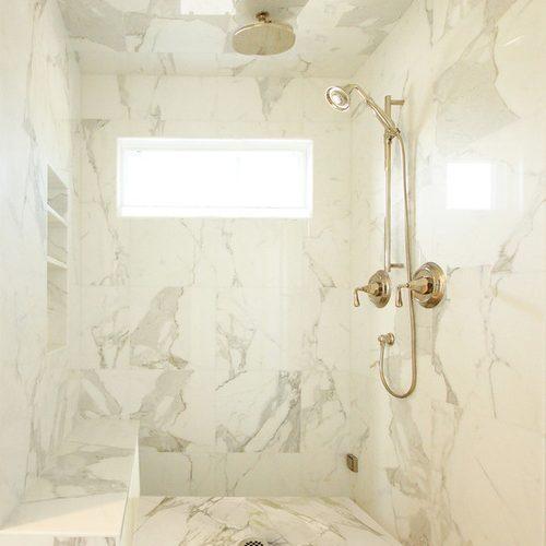 tấm nhựa vân đá ốp vách phòng tắm