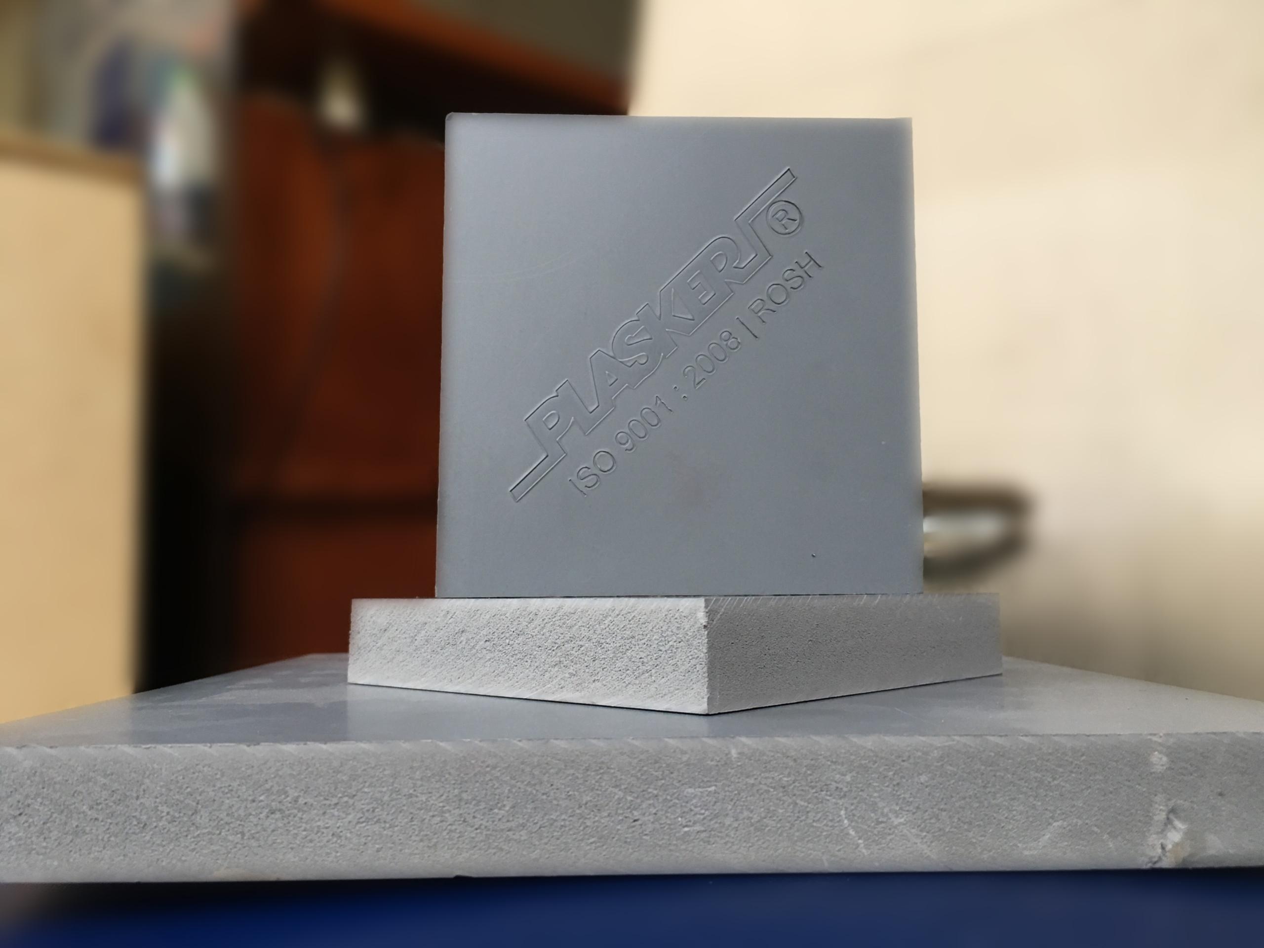 tấm nhựa pvc cứng plasker E8