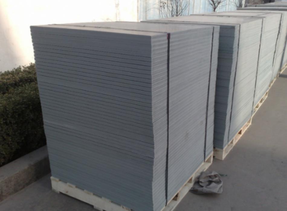 pallet nhựa pvc sản xuất gạch không nung