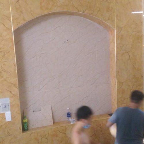 mẫu ốp tường giả đá hoa cương đẹp cho không gian nhà